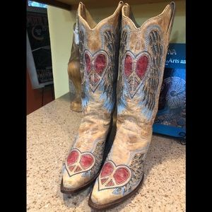Sz 10 Corral Heart Angel Wings Cowboy Boots